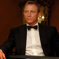 Why James Bond Should Leave Daniel Craig In The Past